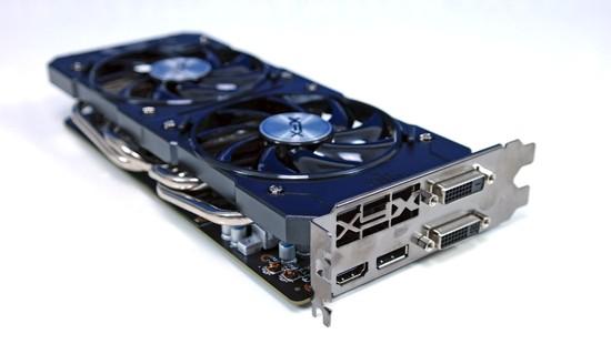 Radeon R9 380X 002