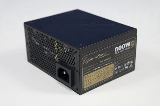 Silverstone SX600 G 004