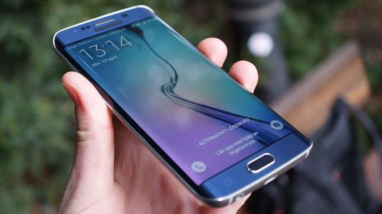 images/labswedish/artiklar/Smartphones/Samsung_Galaxy_S6_Edge_Recension/largethumbnails/Samsung_Galaxy_S6_Edge_Recension_skarm.jpg