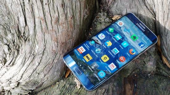 Samsung Galaxy S6 EdgePlus Recension framsida