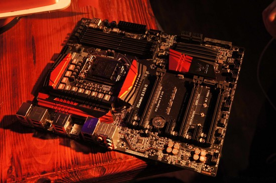 Colorful-iGame-Z170-Motherboards_11