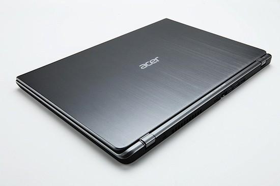 Acer_TimeLine_Ultra_1